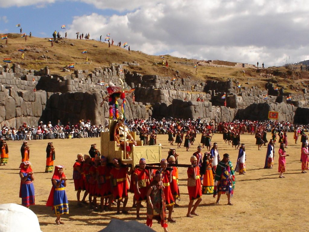 Inty Raymi - Quartier de Sacsayhuamán à Cuzco