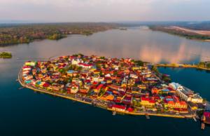La Isla de Flores sur le lac lac Petén Itzá