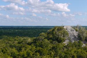 calakmul-pyramide-jungle-communauté-mexique