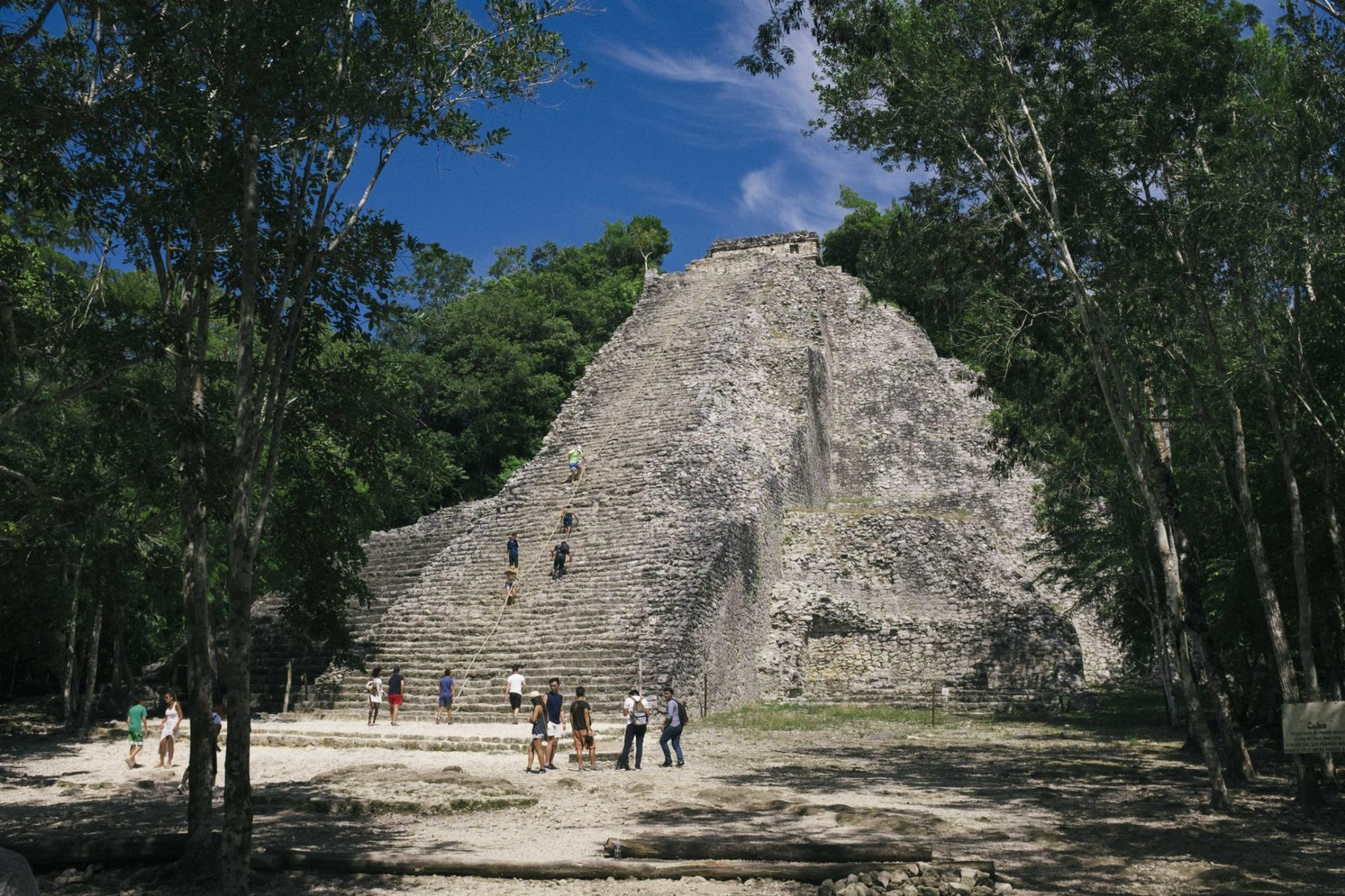 pyramide-ruines-mayas-coba-yucatan