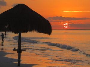 coucher-soleil-plahe-ile-holbox-yucatan-circuit