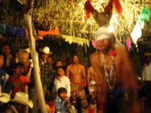 danse-du-cerf-kekchi-indiens-mexique