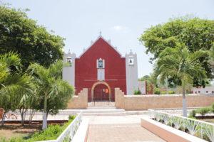 église-rouge-tzucacab-circuit-15-jours-yucatan