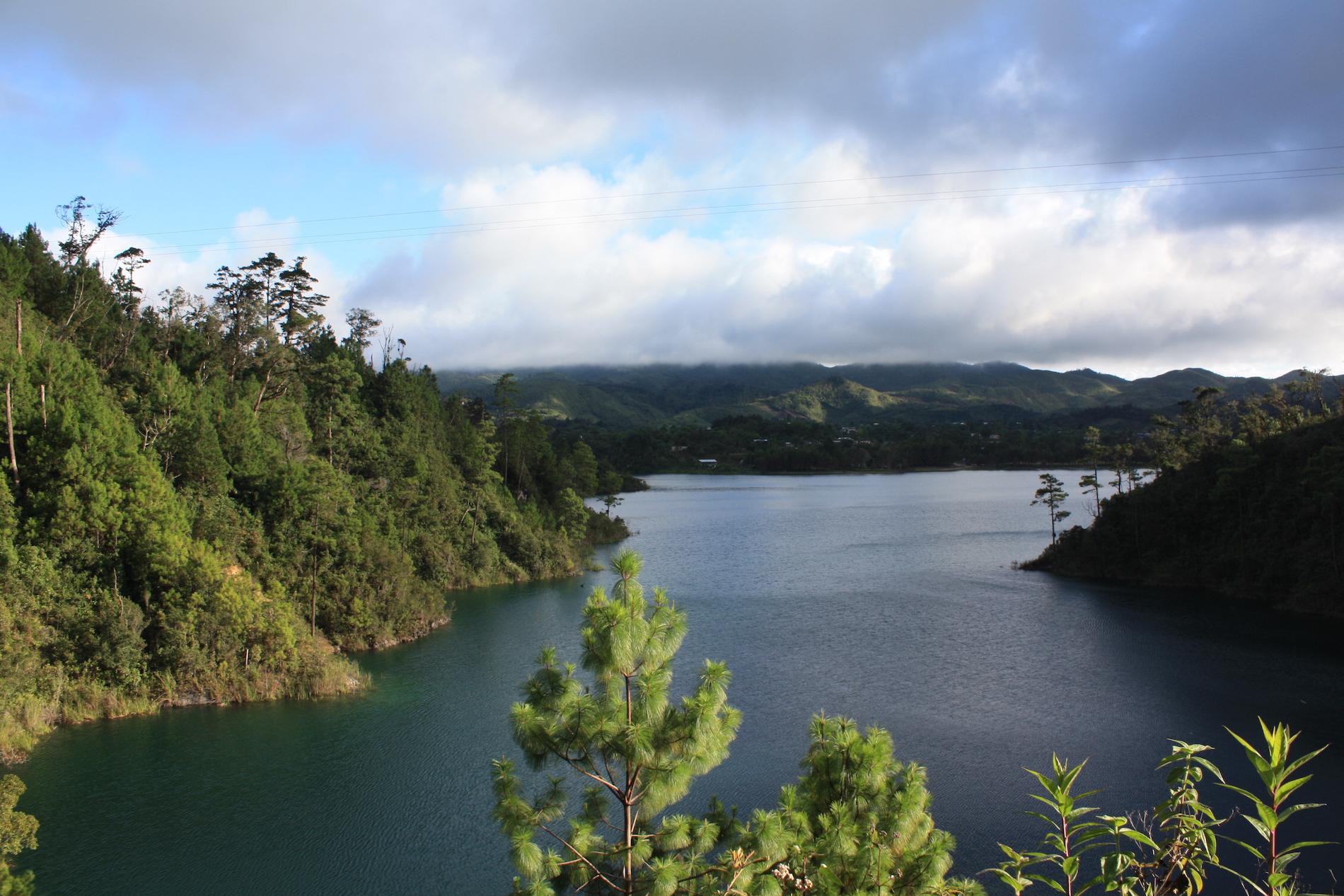 rivière-réserve-naturelle-montebello