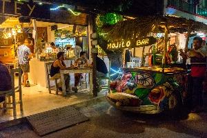 rues-ville-tulum-nuit