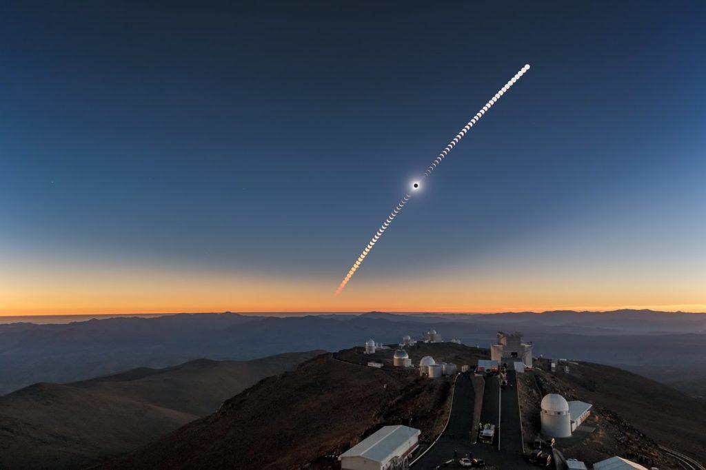 Observatoire de la Silla au Chili - éclipse solaire totale