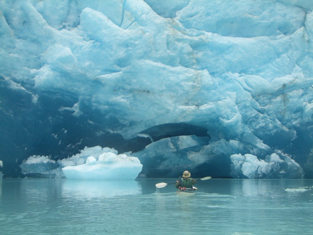 Ballade en kayak près du Perito Moreno