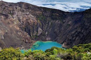cratère du volcan Irazu au Costa RIca