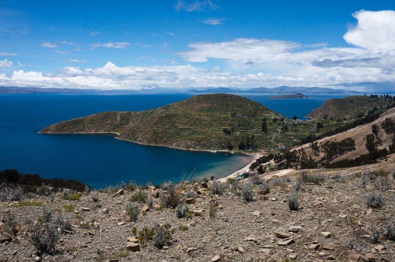 lac Titicaca depuis l'isla del sol