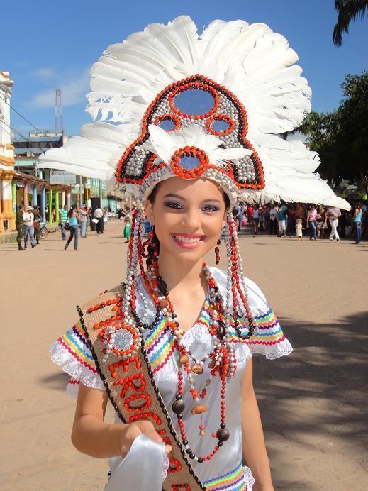 Une morepita élue lors de la Chope Piesta en Bolivie