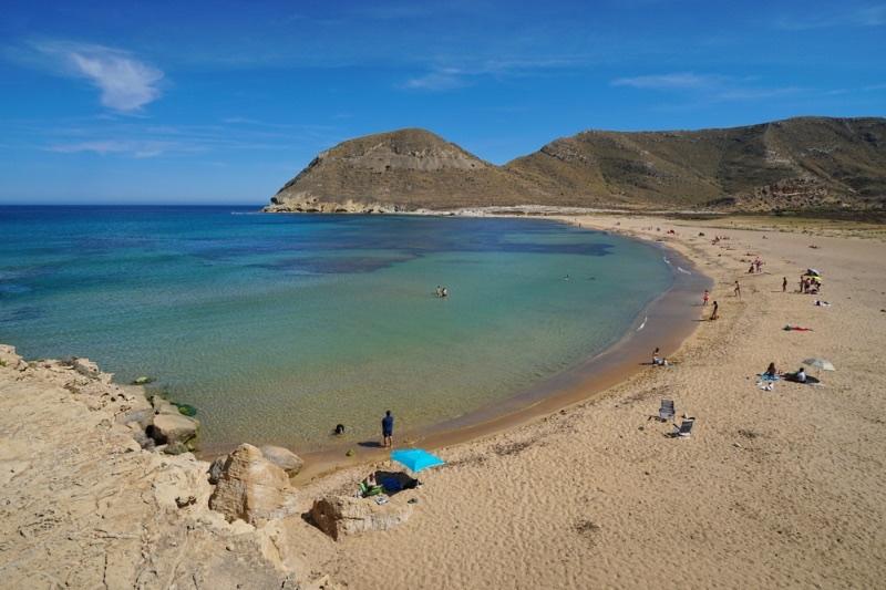 Visiter l'Andalousie : Playa Playazo dans le parc naturel de Cabo de Gata