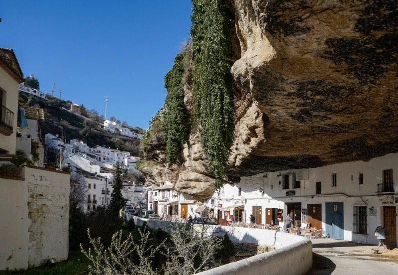 Visiter l'Andalousie : Rues de Setenil de Bodegas