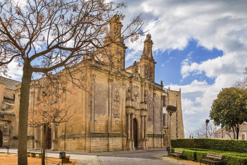 Visiter l'Andalousie : Basilique de Santa Maria de los Reales Alcazares, Ubeda, Espagne