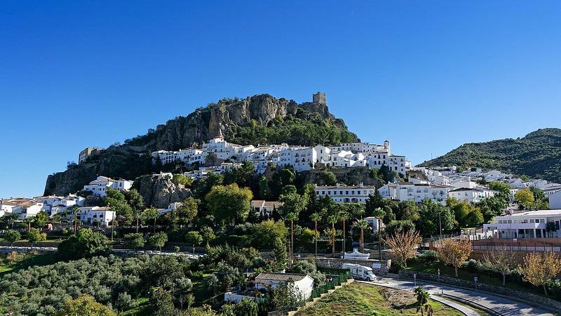Visiter l'Andalousie : les villages blancs de Zahara de la Sierra