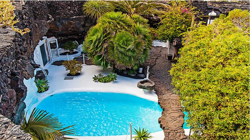 Vue jardin de la maison de César Manrique à Lanzarote