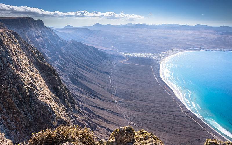 Magnifique paysage côtier de Lanzarote depuis El Bosquecillo