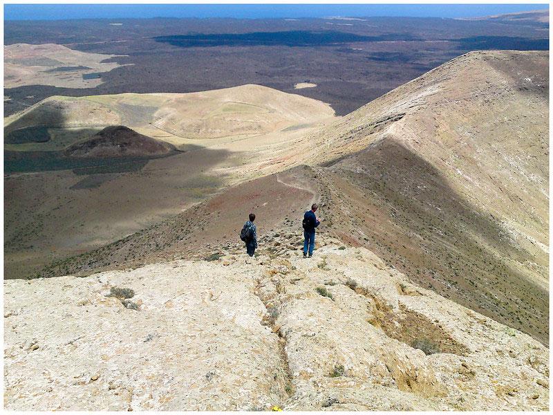 Visiter le volcan Caldera Blanca de Lanzarote jusqu'au sommet